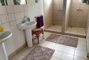 Auberge De Gaulle - Voh Caledonie - Hébergement - Dortoir - Sanitaires